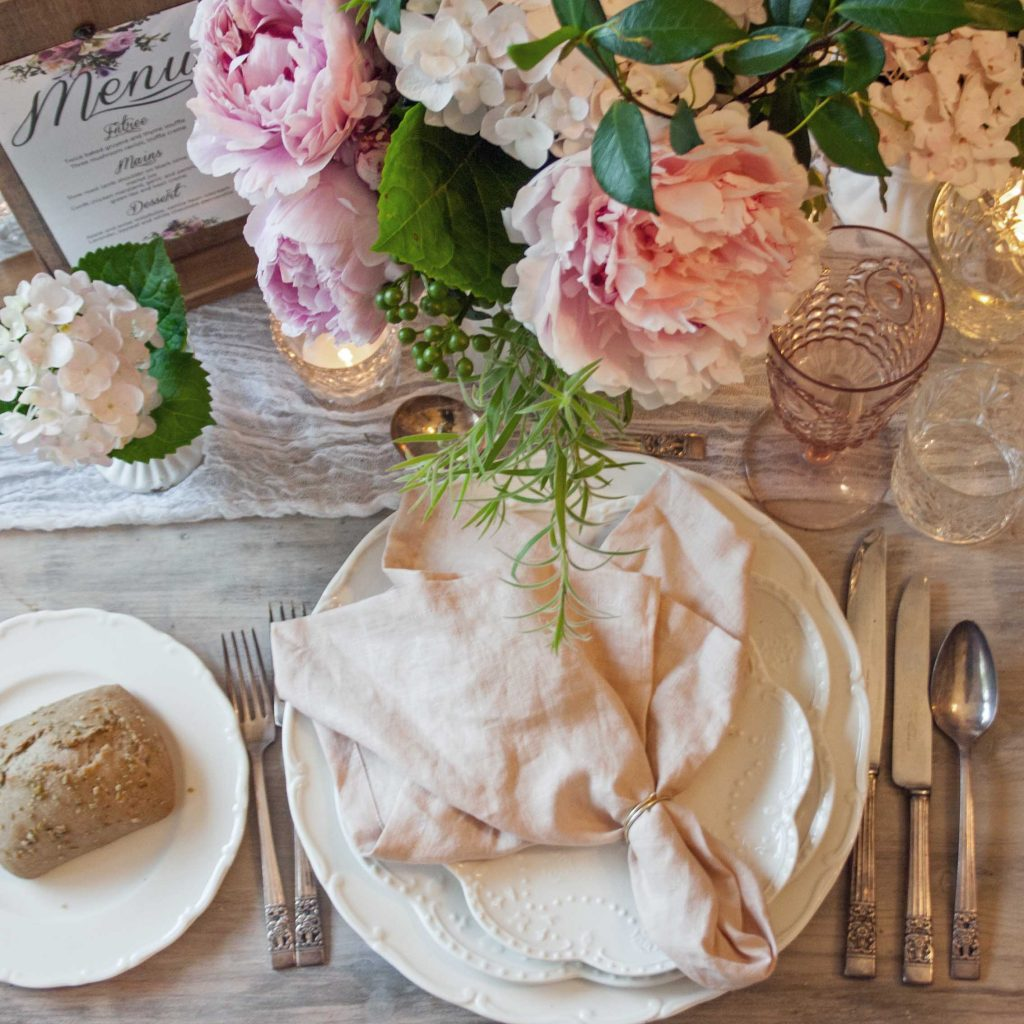 100% french linen napkins, finished edge - Rose Quartz