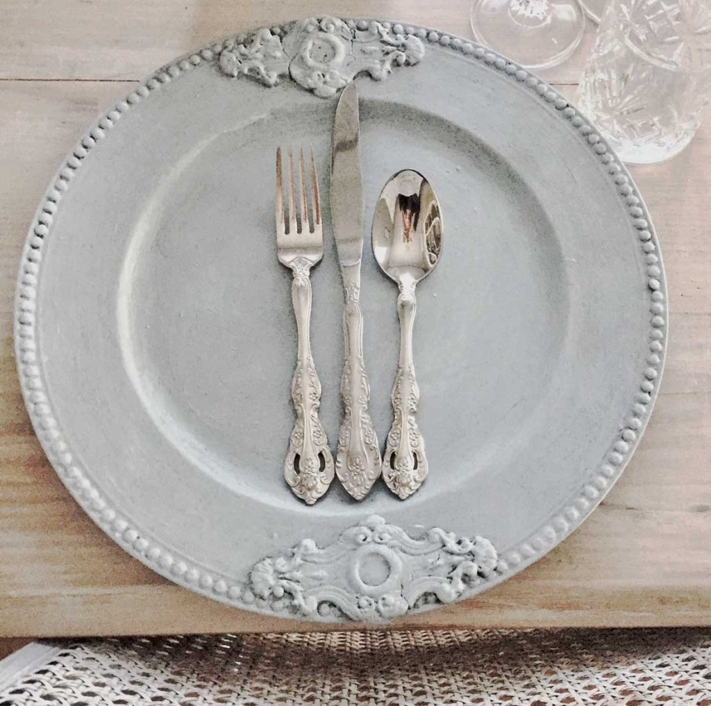 Ornate Charger Plate - French Grey