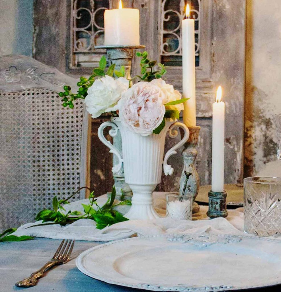 Wedding table styling accessories