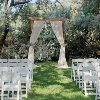 wedding garden ceremony barry park port stephens